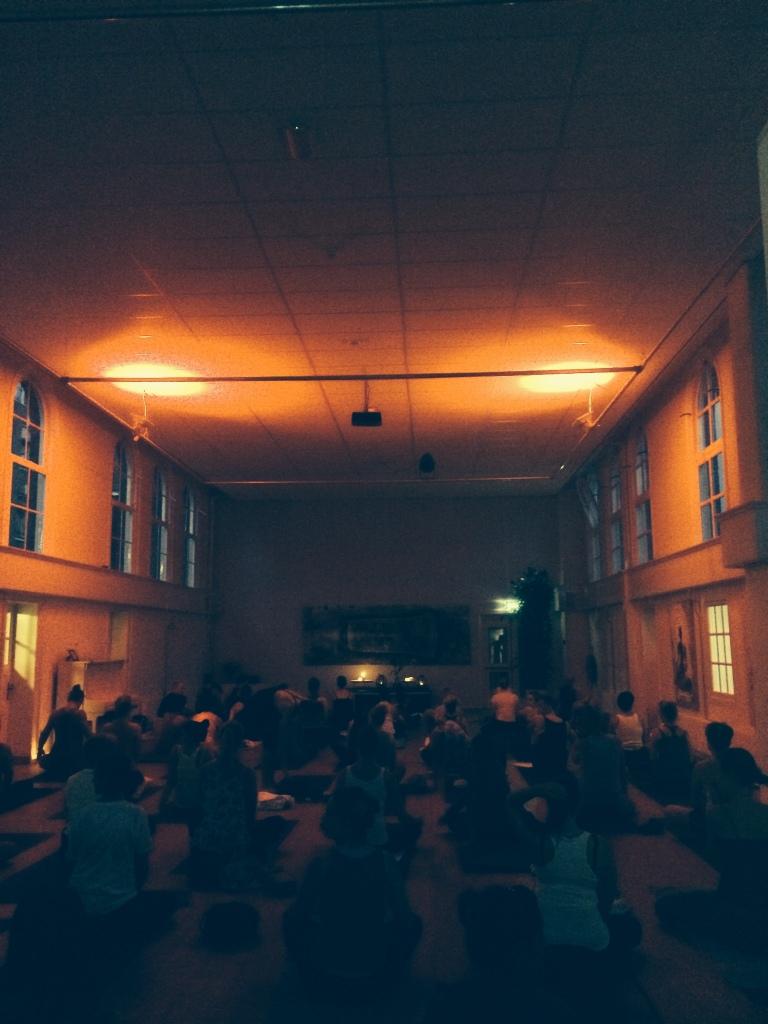 zaal de nieuwe yogaschool
