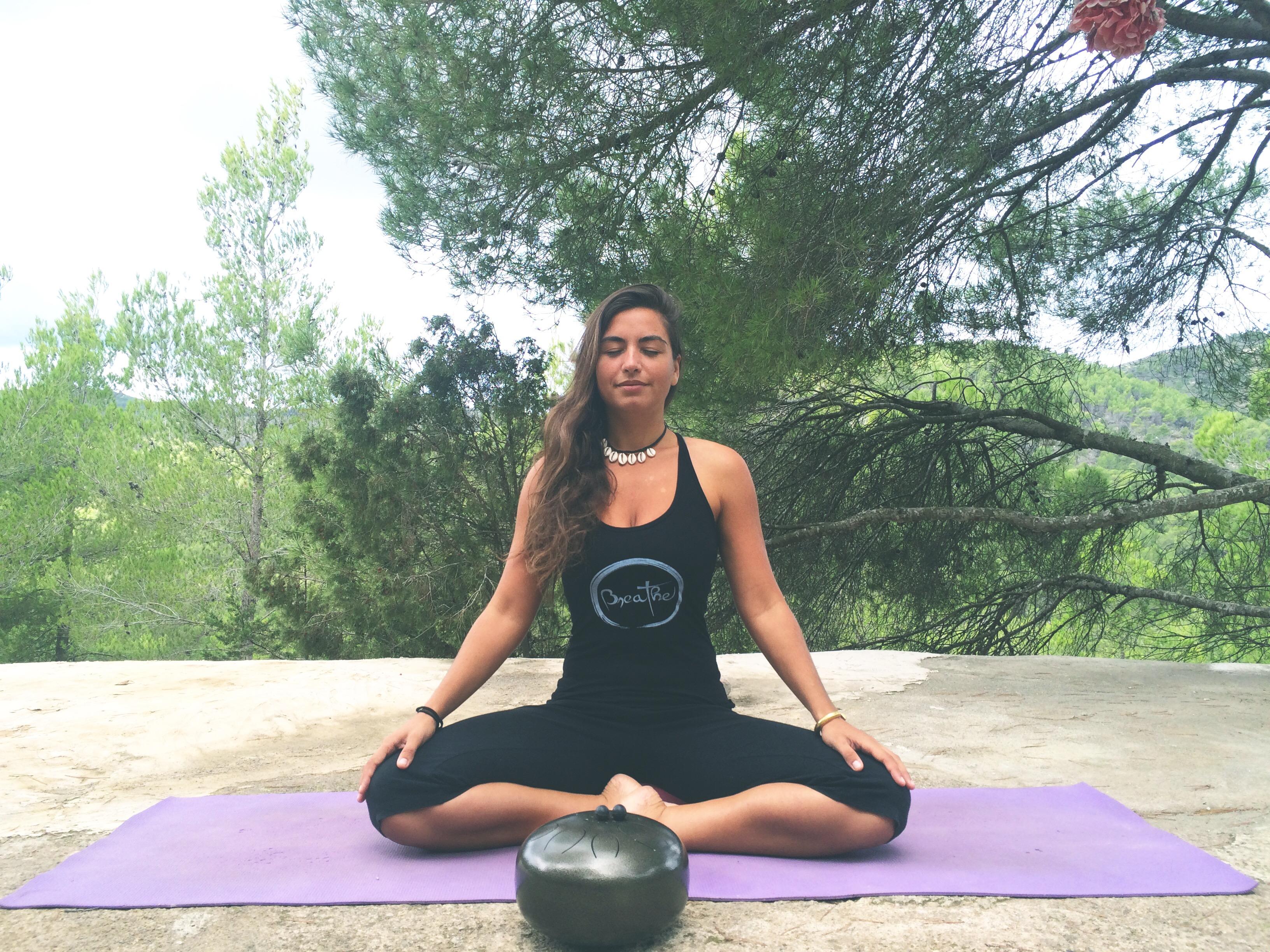 Yoga on Ibiza, Laura