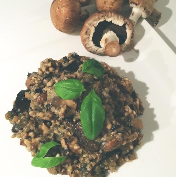 Herfstige boekweit risotto met kastanje champignons